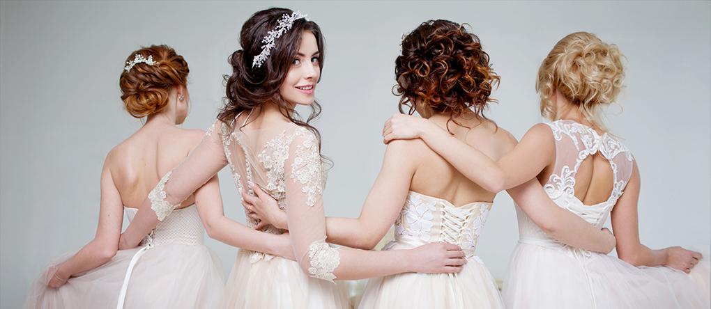 Koszorúslányok, sorakozó! Így segíthetnek a barátnőid az esküvőn