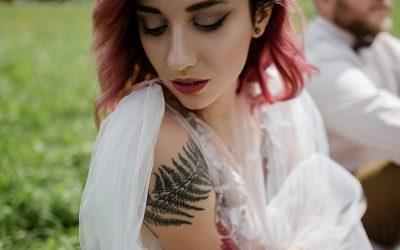 Tetovált menyasszony – mutasd vagy ne?